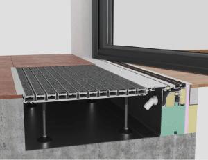 Schnittgrafik eines Magnettürdichtungssystems in Kombination mit einer Entwässerungswanne und einer als Fußabstreifer ausgebildeten Abdeckung