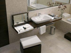 barrierefreies Baddesign Möbel mit integrierten Ordnungssystemen